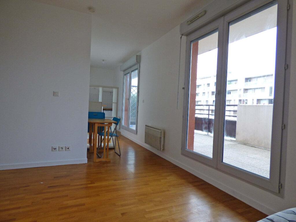Appartement à louer 1 23.59m2 à Carrières-sous-Poissy vignette-5