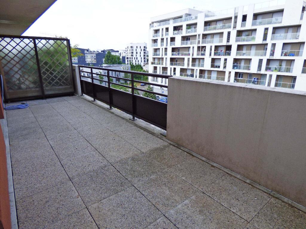 Appartement à louer 1 23.59m2 à Carrières-sous-Poissy vignette-9