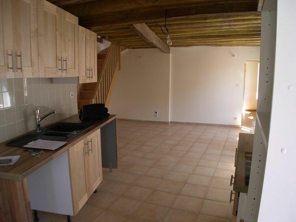 Appartement à louer 3 68m2 à Trilbardou vignette-1