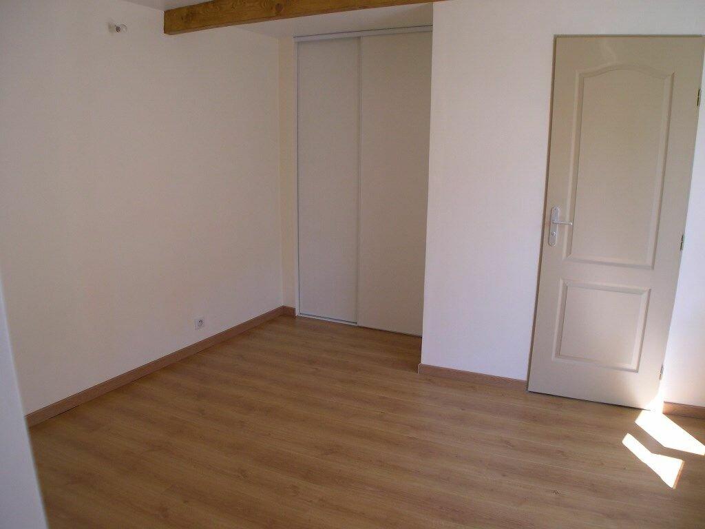 Appartement à louer 3 68m2 à Trilbardou vignette-4