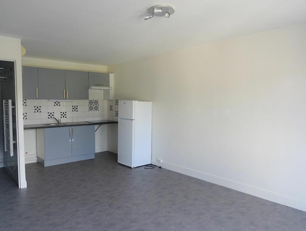 Appartement à louer 1 28.26m2 à Esbly vignette-1