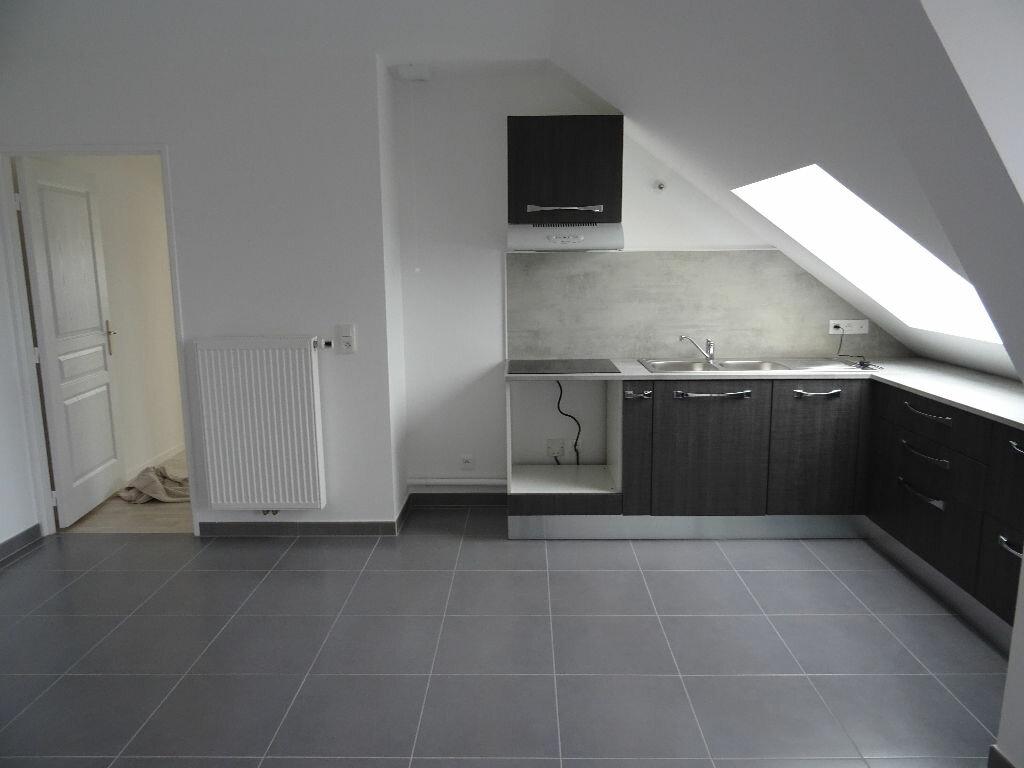 Appartement à louer 2 39.95m2 à Neufmoutiers-en-Brie vignette-2