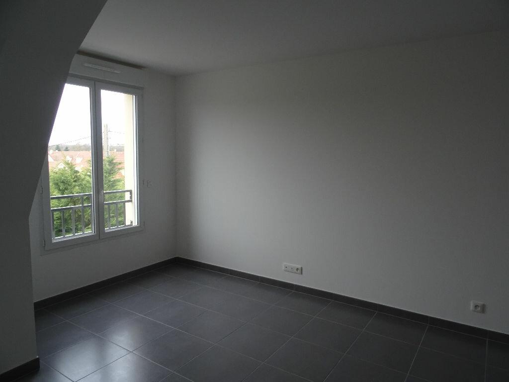 Appartement à louer 2 39.95m2 à Neufmoutiers-en-Brie vignette-3