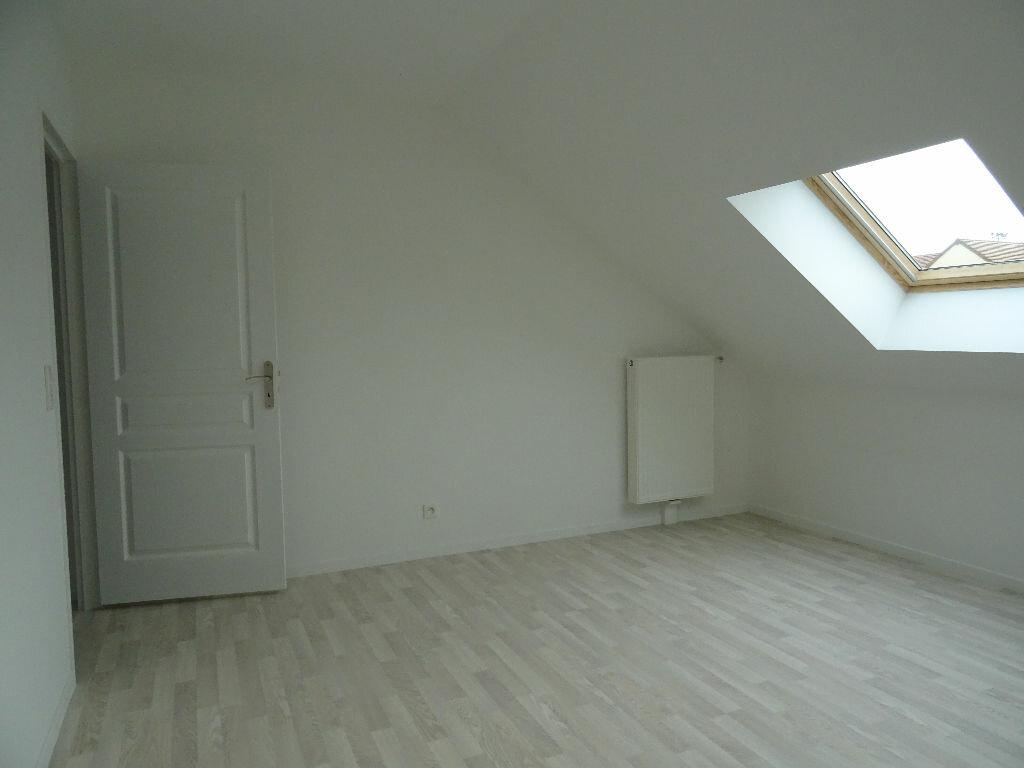 Appartement à louer 2 39.95m2 à Neufmoutiers-en-Brie vignette-4