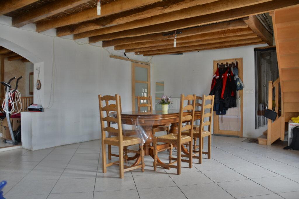 Maison à louer 7 154.58m2 à Pierre-Levée vignette-2