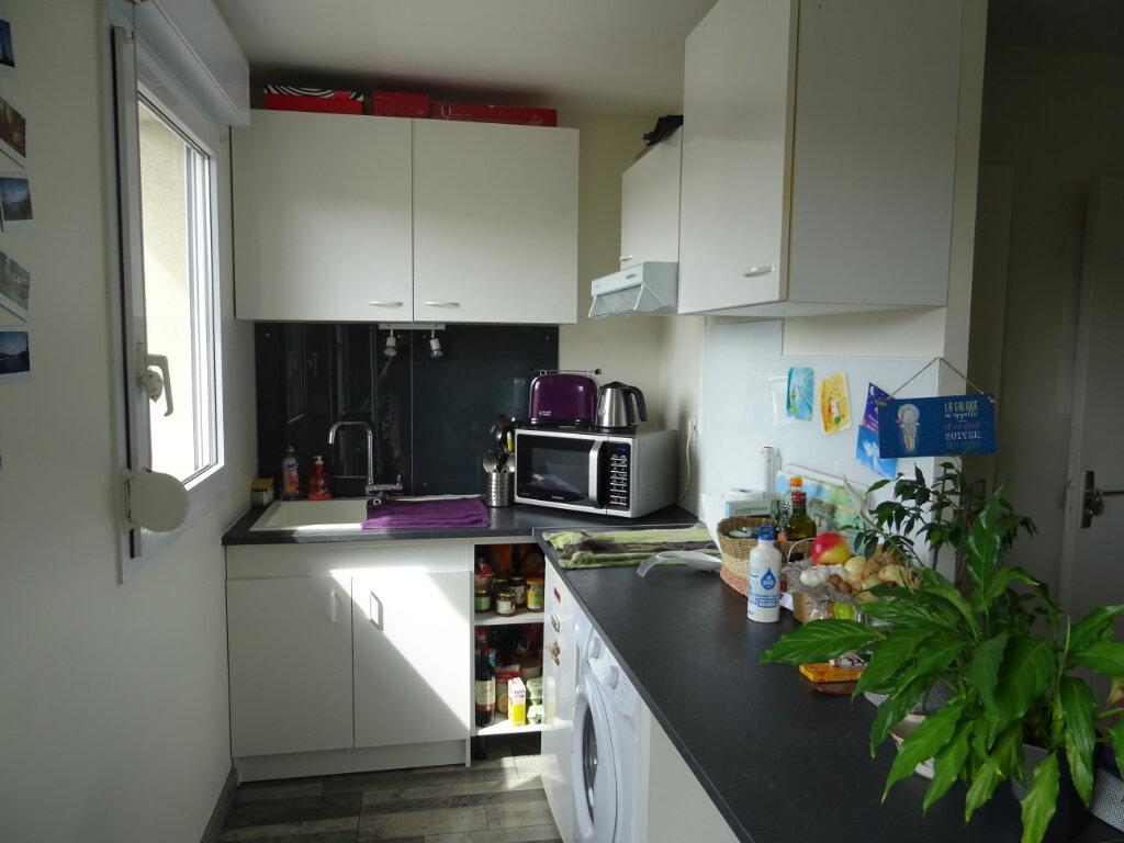 Appartement à louer 1 27.4m2 à Esbly vignette-4