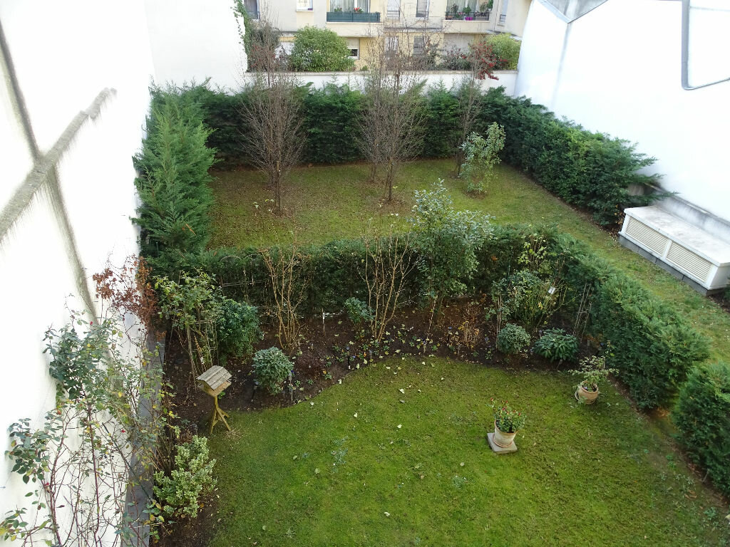 Appartement à louer 3 71.93m2 à Montrouge vignette-4