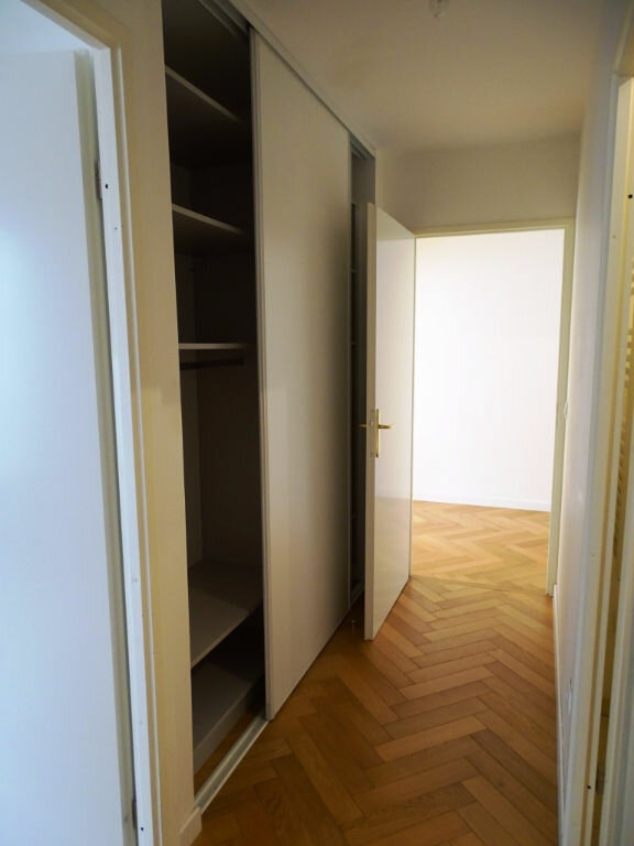 Appartement à louer 3 71.93m2 à Montrouge vignette-7