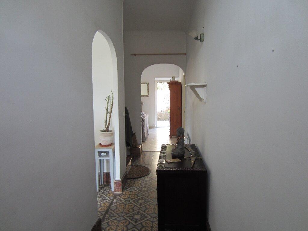 Maison à louer 4 105m2 à Pertuis vignette-3