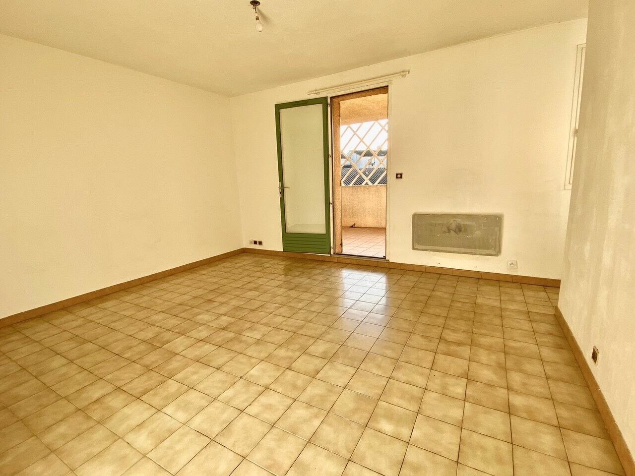 Appartement à louer 2 37m2 à Pertuis vignette-2