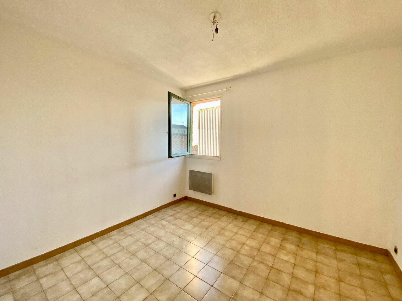 Appartement à louer 2 37m2 à Pertuis vignette-4