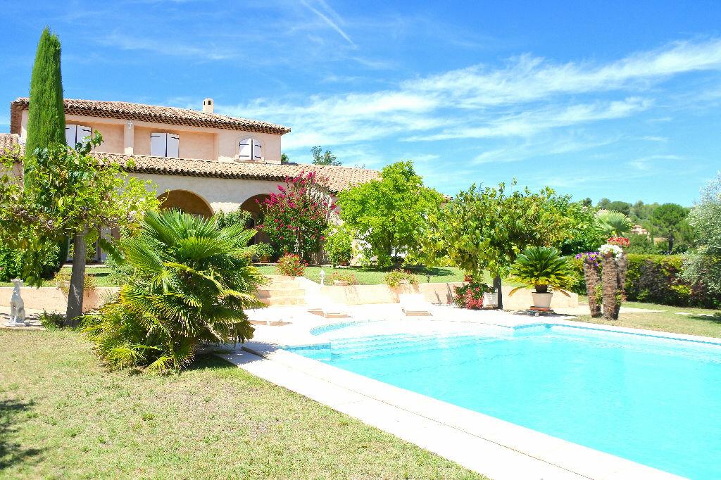 Maison à vendre 7 255m2 à La Tour-d'Aigues vignette-2