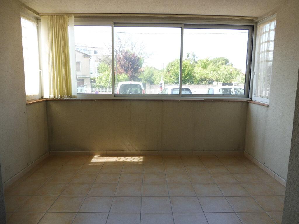 Appartement à louer 2 44m2 à Pertuis vignette-3