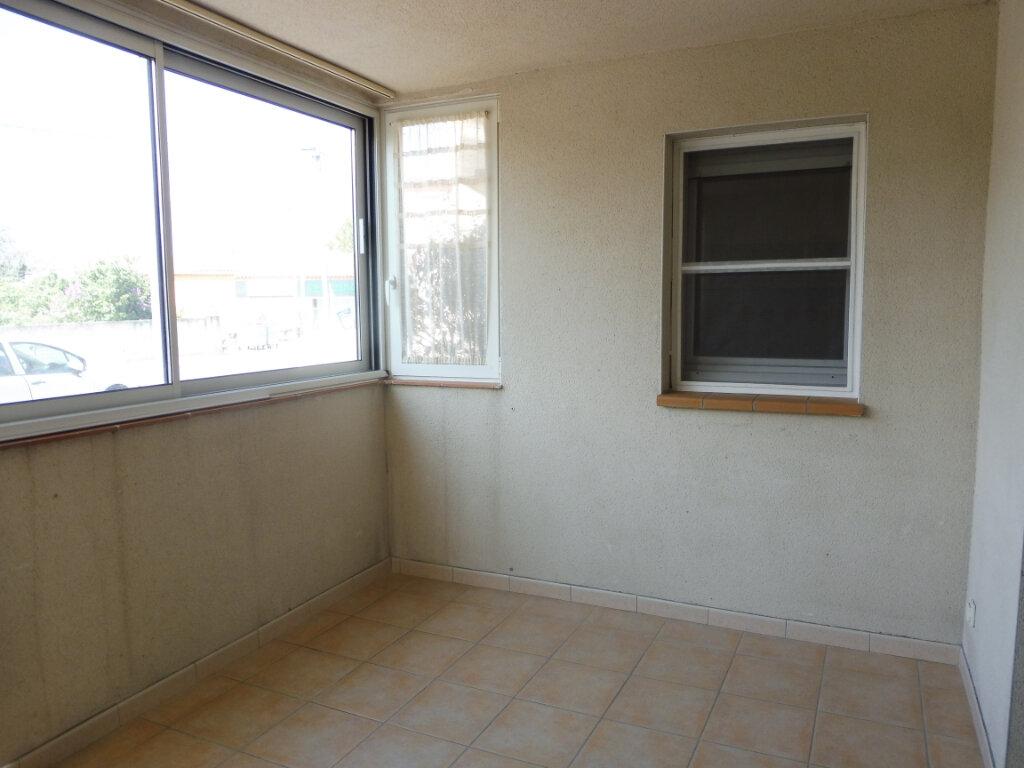 Appartement à louer 2 44m2 à Pertuis vignette-4