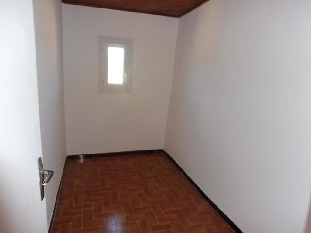 Maison à louer 2 46m2 à Grambois vignette-7