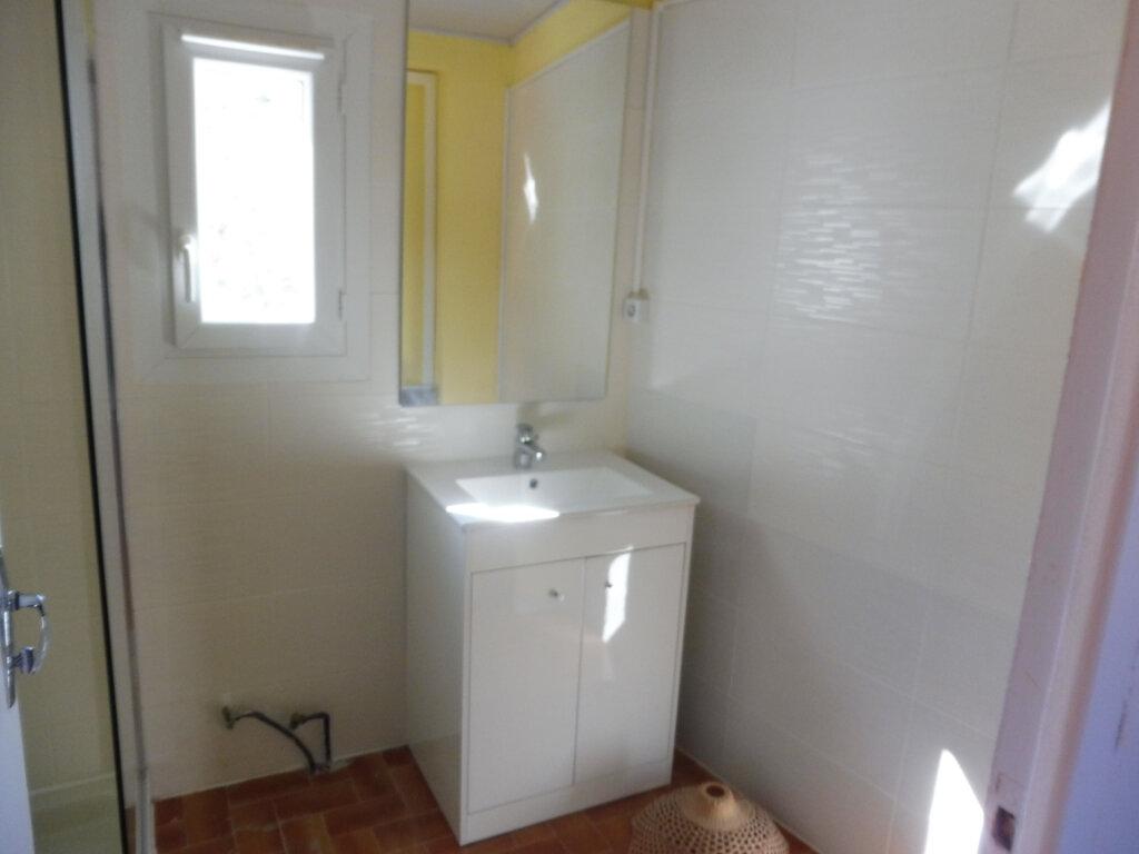 Maison à louer 2 46m2 à Grambois vignette-9