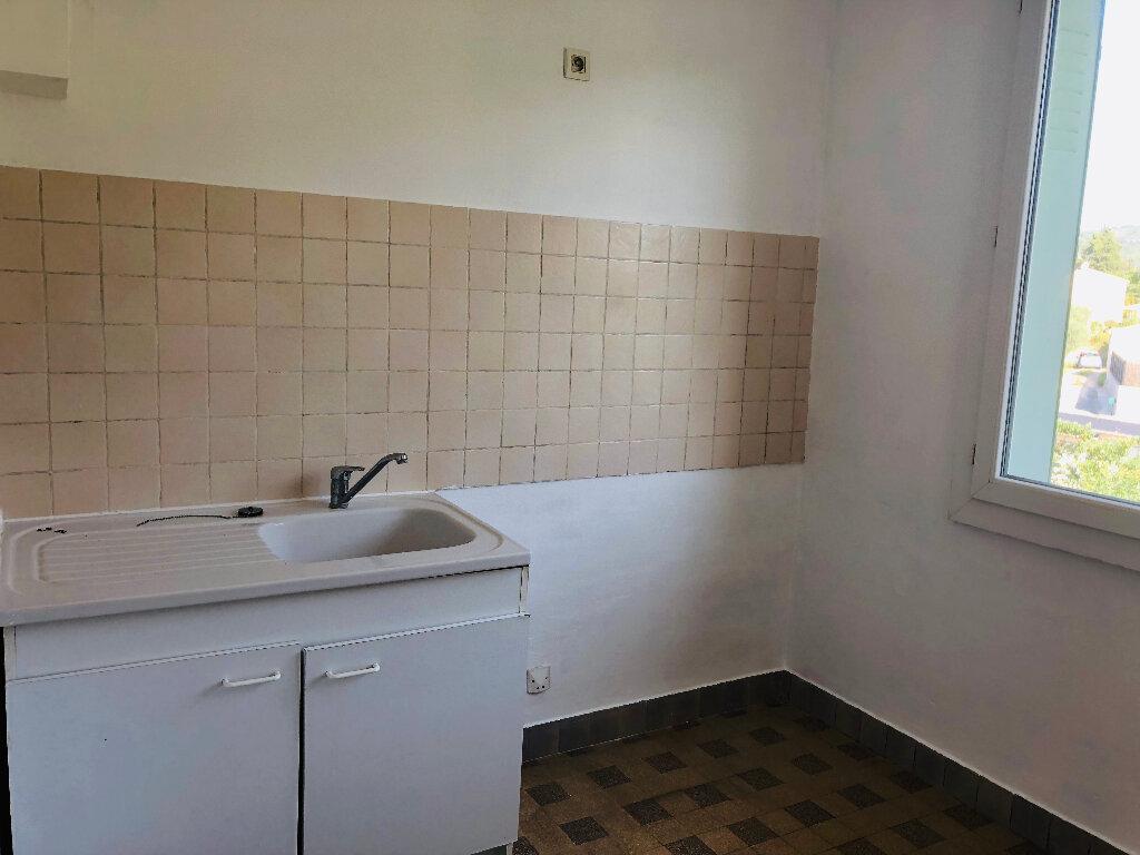 Appartement à louer 4 65.02m2 à Manosque vignette-5
