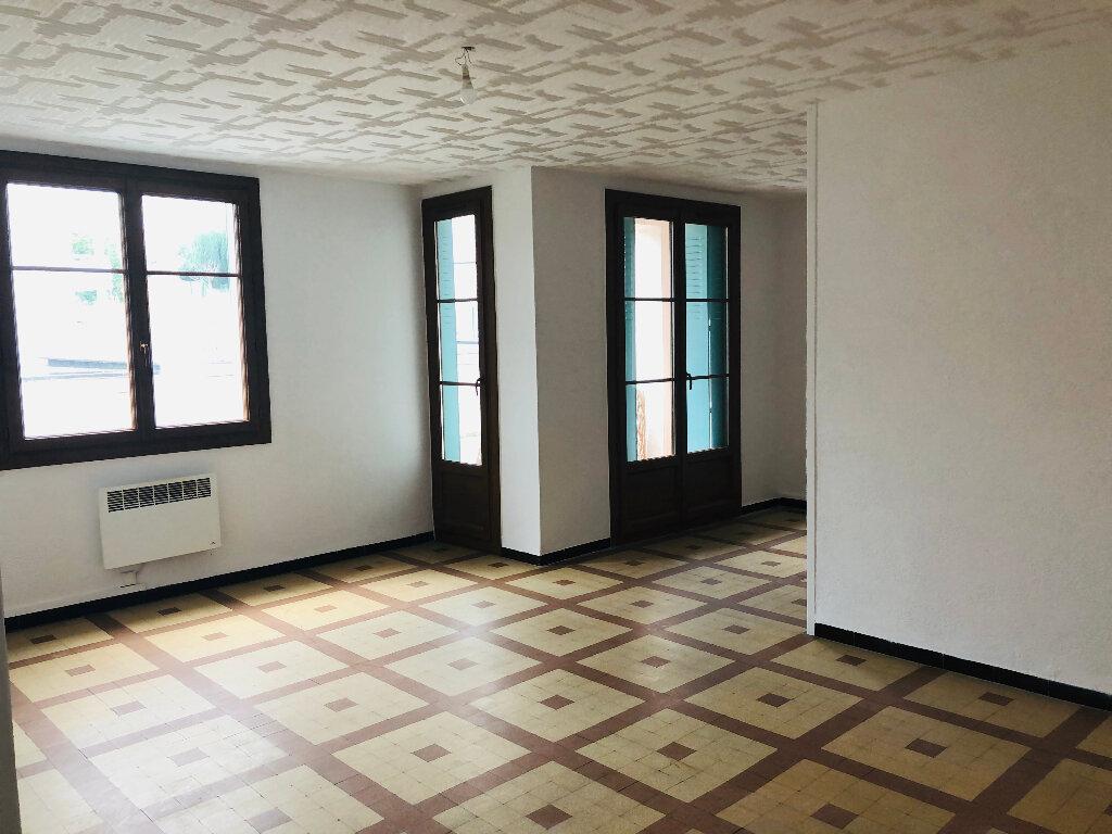 Appartement à louer 3 67m2 à Manosque vignette-2