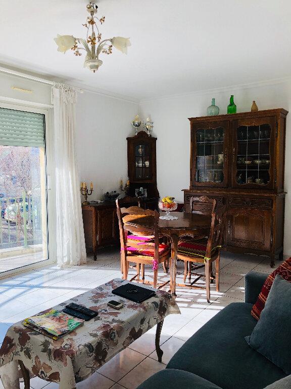Appartement à louer 3 56.44m2 à Manosque vignette-3