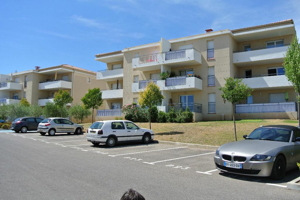 Appartement à louer 3 54.87m2 à Manosque vignette-1