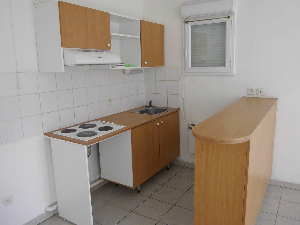 Appartement à louer 3 54.87m2 à Manosque vignette-4