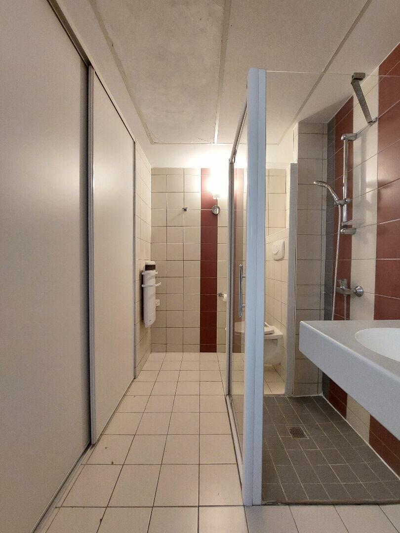 Appartement à louer 1 28m2 à Manosque vignette-5