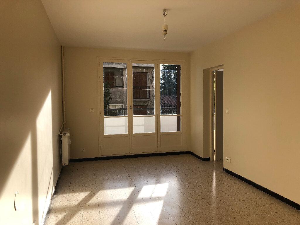 Appartement à louer 2 51.15m2 à Manosque vignette-2