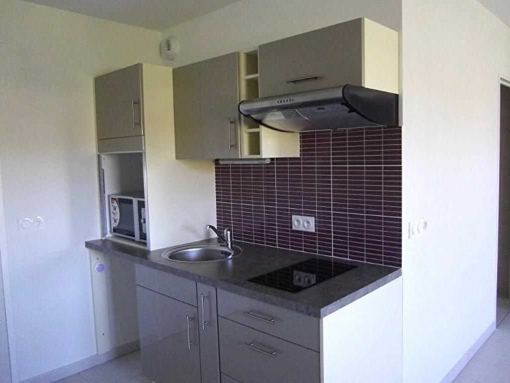 Appartement à louer 1 42.8m2 à Manosque vignette-1