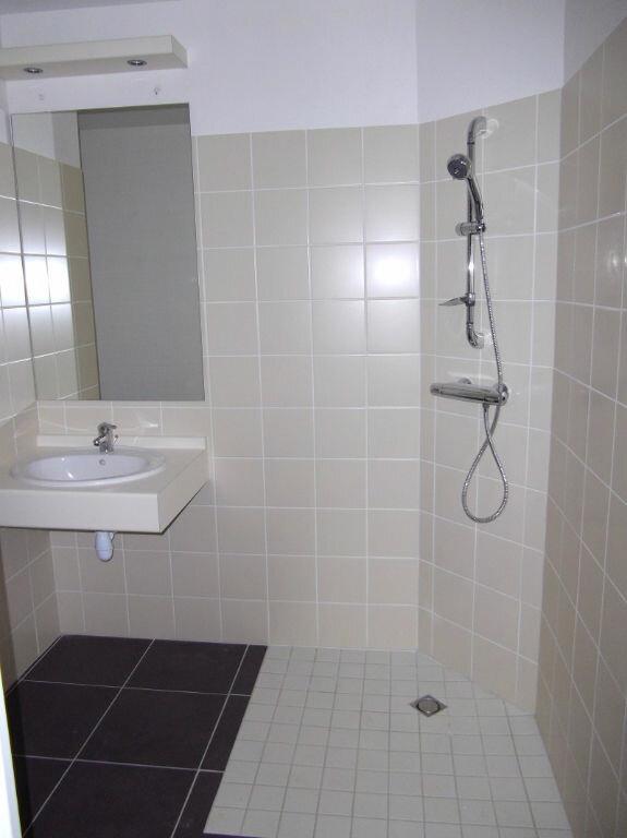 Appartement à louer 1 42.8m2 à Manosque vignette-3
