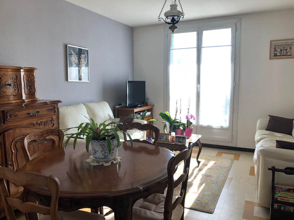 Appartement à louer 3 57.43m2 à Manosque vignette-1