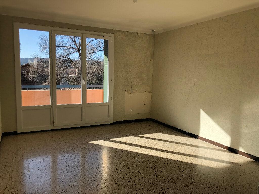 Appartement à louer 3 56m2 à Manosque vignette-3