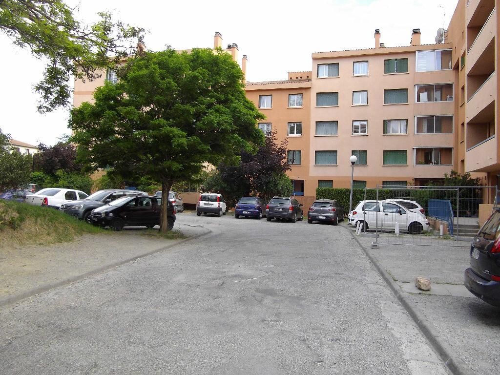 Appartement à louer 3 56m2 à Manosque vignette-9