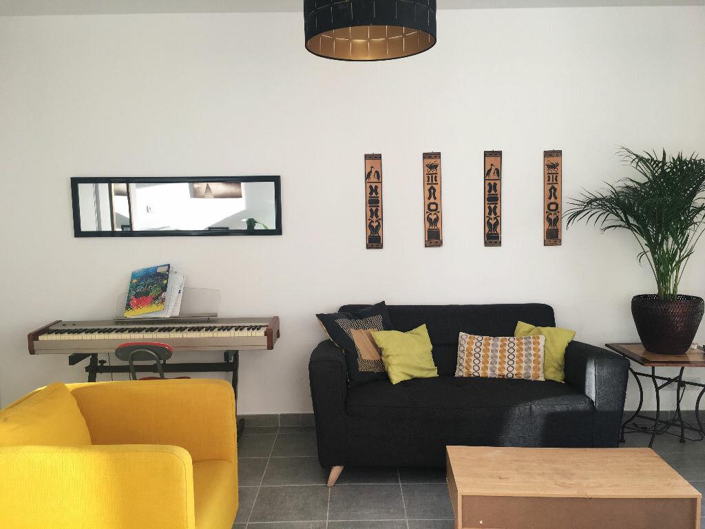 Appartement à louer 2 45m2 à Manosque vignette-1