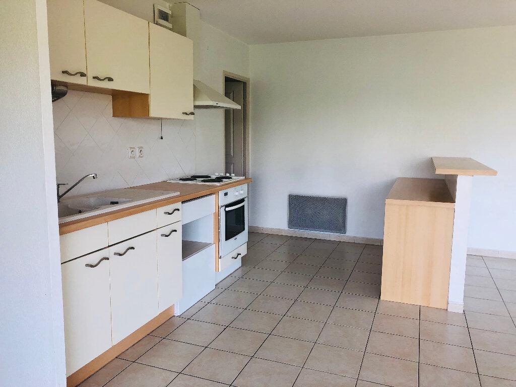 Appartement à louer 3 66.1m2 à Manosque vignette-1