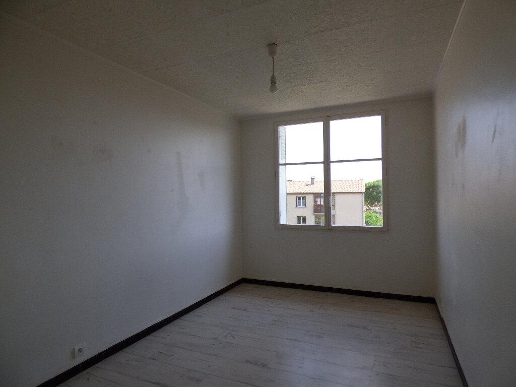 Appartement à louer 3 52.89m2 à Manosque vignette-4