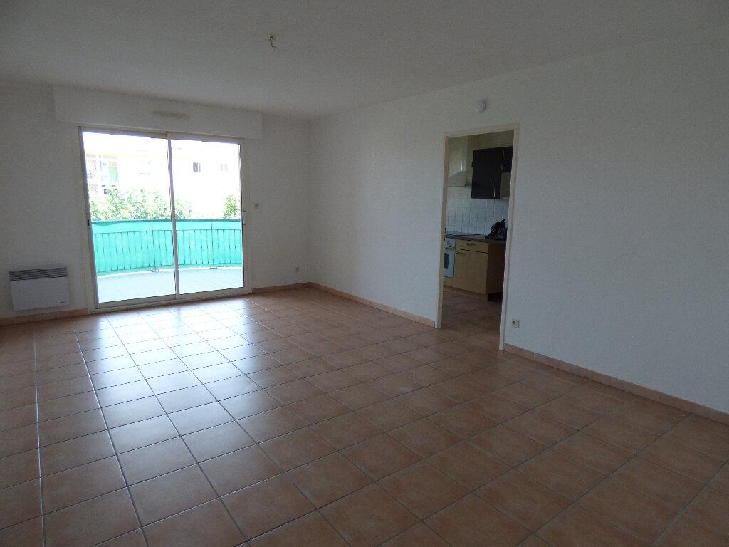 Appartement à vendre 3 68m2 à Manosque vignette-1