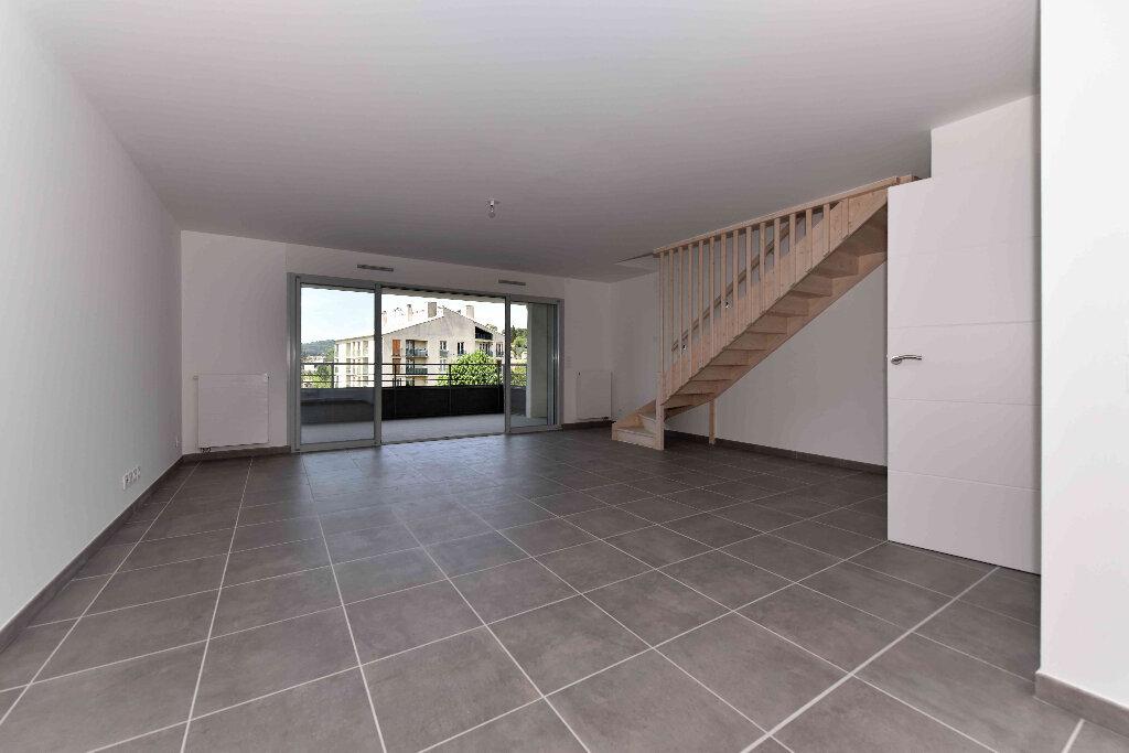 Appartement à vendre 5 108.39m2 à Manosque vignette-1