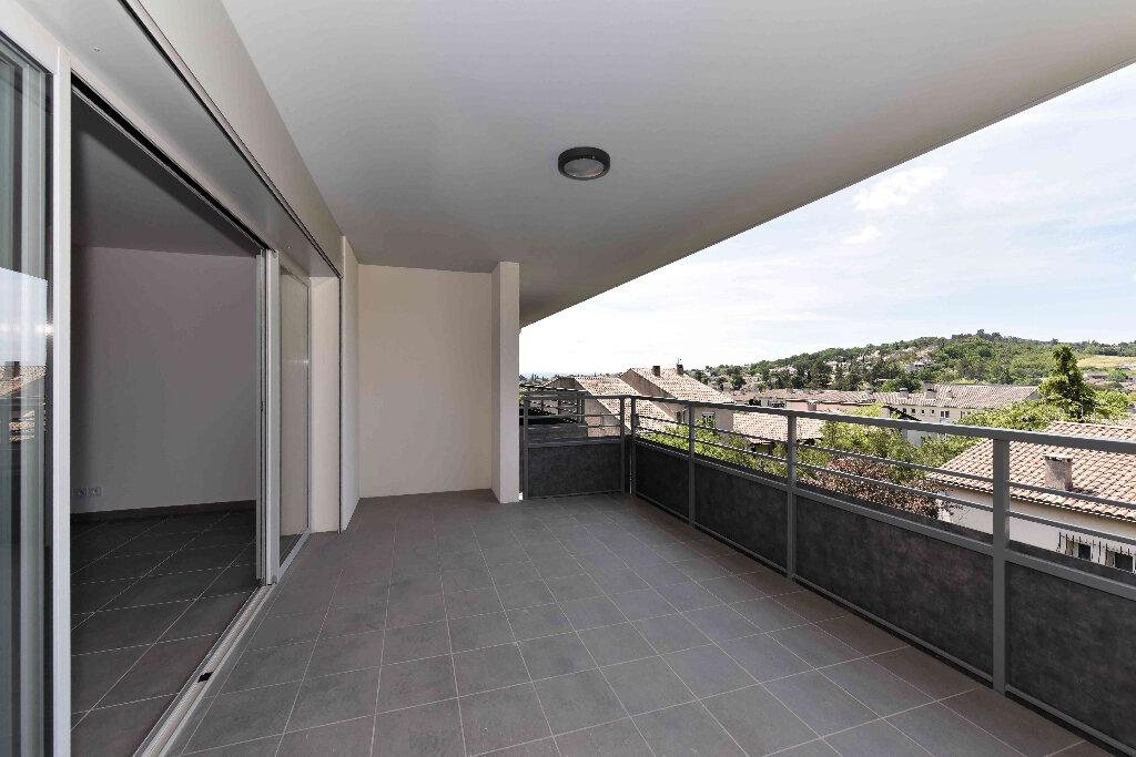 Appartement à vendre 5 108.39m2 à Manosque vignette-7
