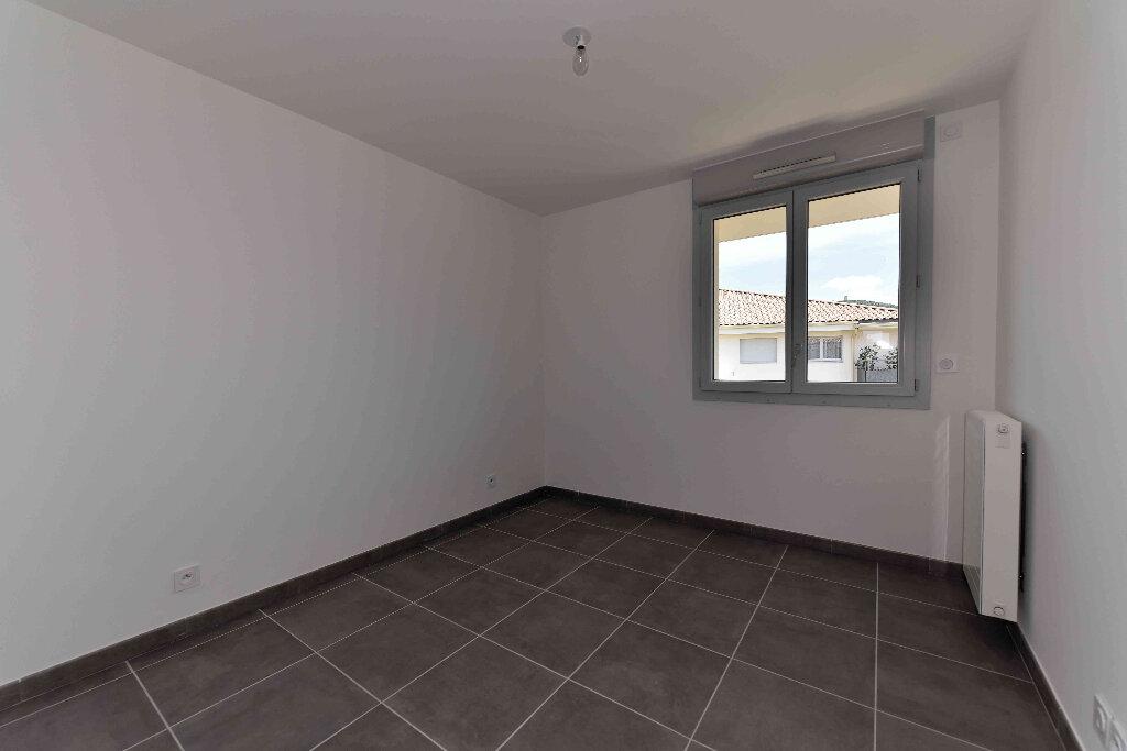 Appartement à vendre 5 108.39m2 à Manosque vignette-8