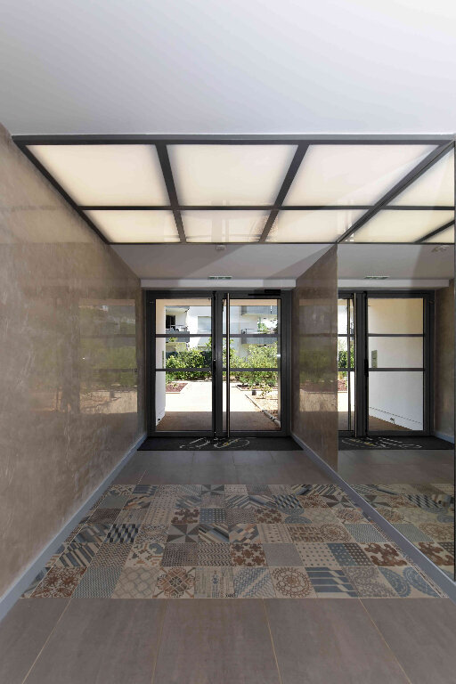 Appartement à vendre 5 108.39m2 à Manosque vignette-9