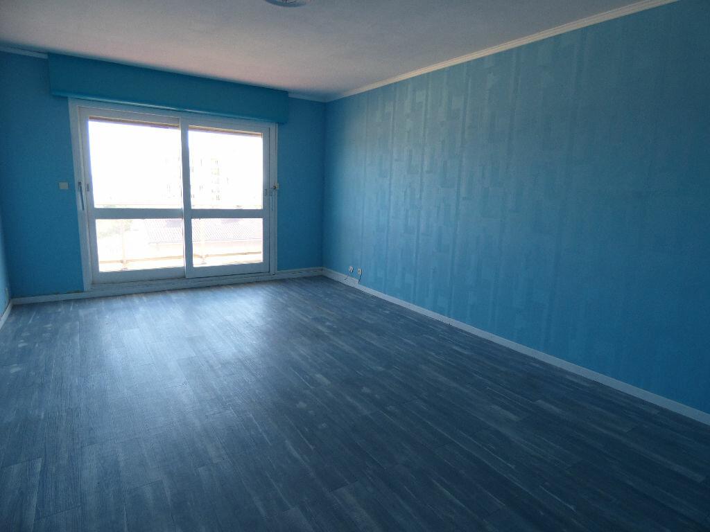 Appartement à vendre 3 63m2 à Manosque vignette-2