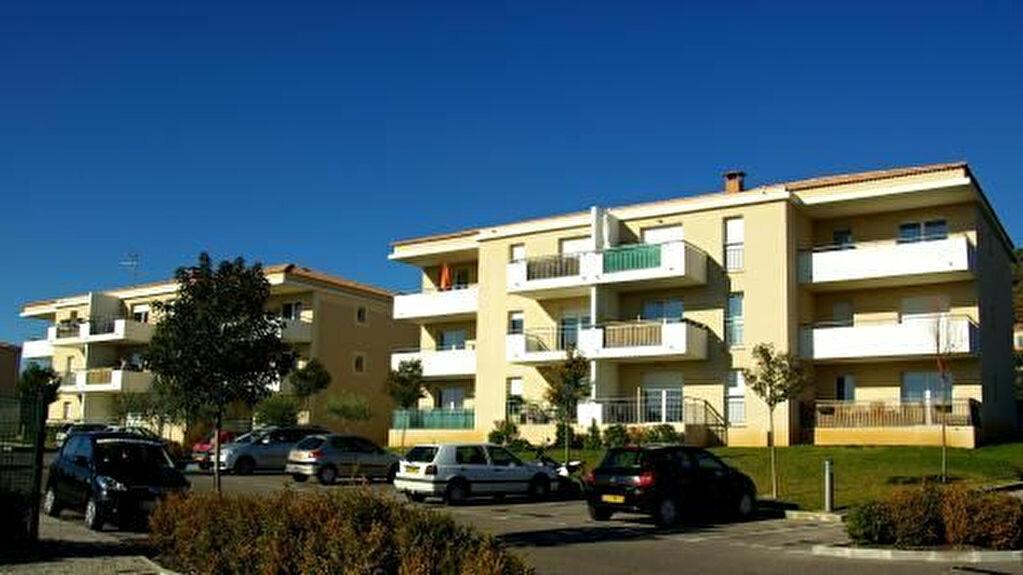 Appartement à louer 3 65.69m2 à Manosque vignette-1