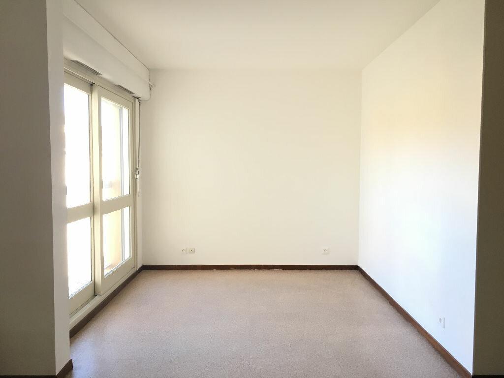 Appartement à louer 1 25.37m2 à Manosque vignette-1