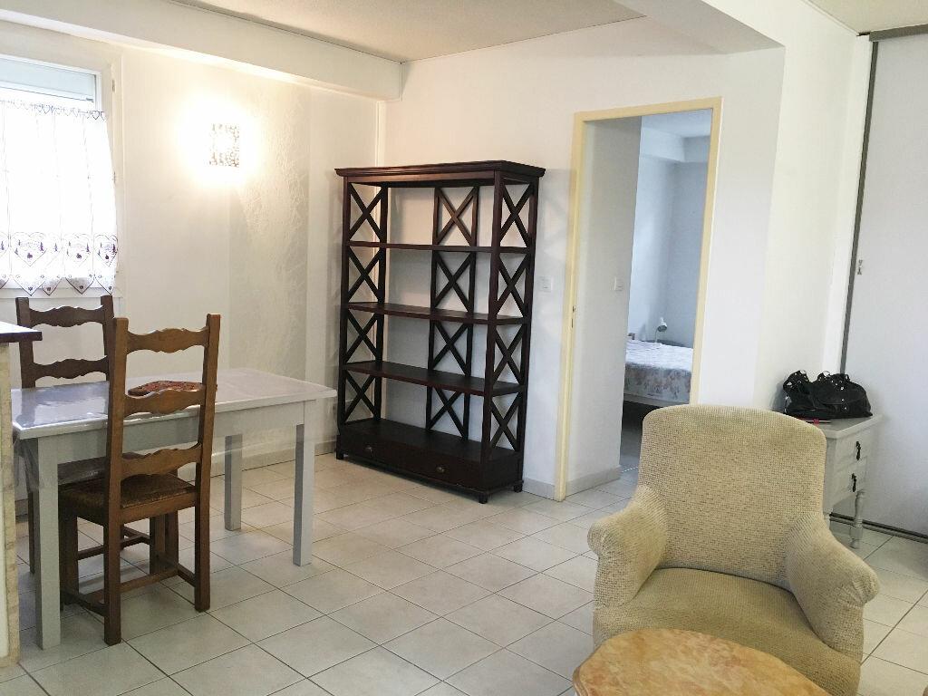 Appartement à louer 2 43.94m2 à Manosque vignette-2