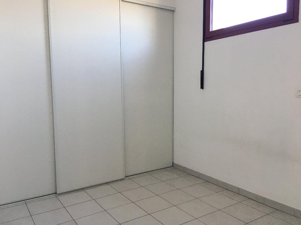 Appartement à louer 2 61.44m2 à Manosque vignette-6