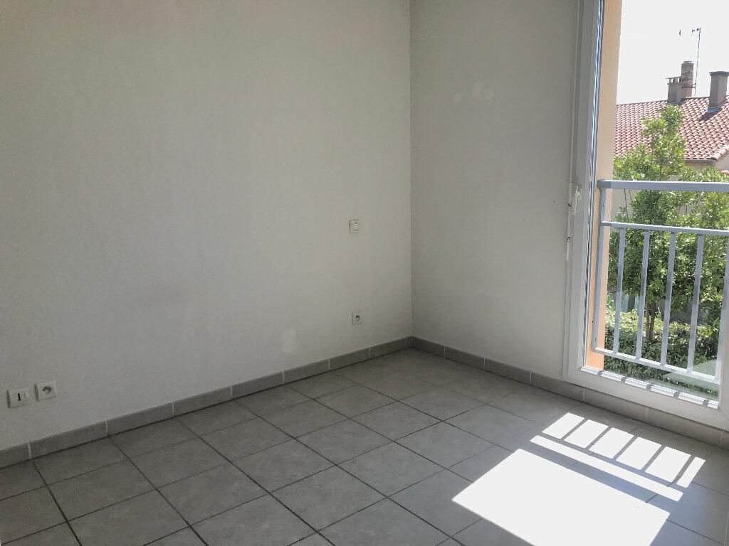 Appartement à louer 2 35.53m2 à Manosque vignette-4