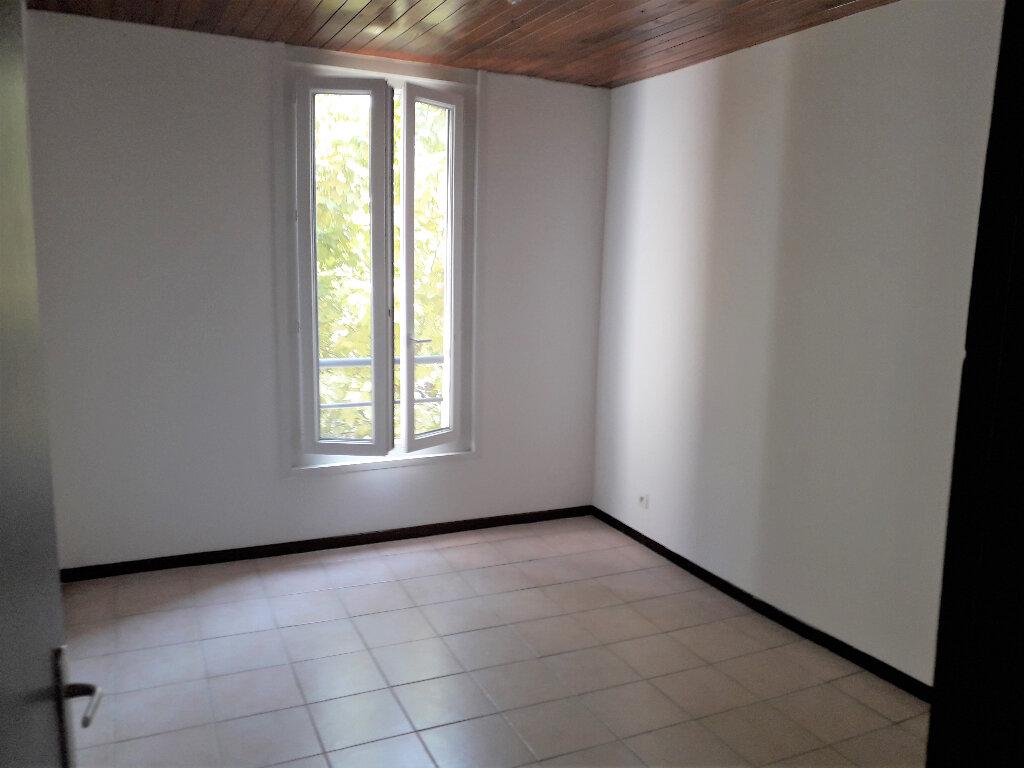 Appartement à louer 2 42.62m2 à Manosque vignette-2