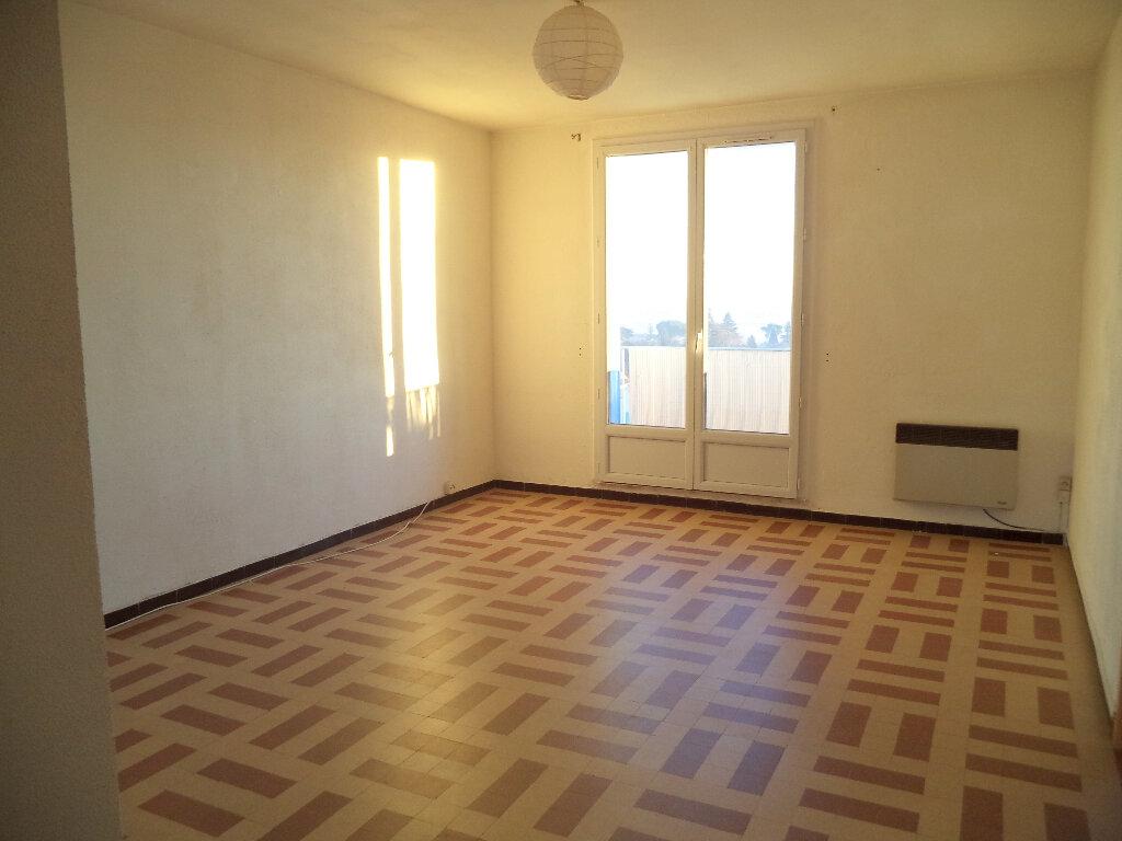 Appartement à louer 3 52.3m2 à Manosque vignette-1
