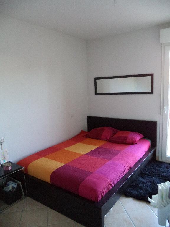 Appartement à louer 3 70.8m2 à Manosque vignette-3