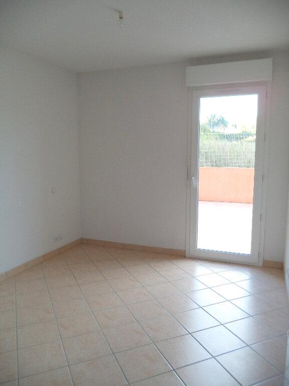 Appartement à louer 3 70.8m2 à Manosque vignette-4